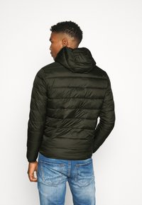 Jack & Jones - JJVINCENT PUFFER HOOD - Winterjas - rosin - 2