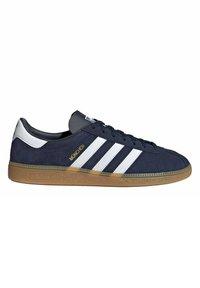 adidas Originals - MUNCHEN - Trainers - blue - 7