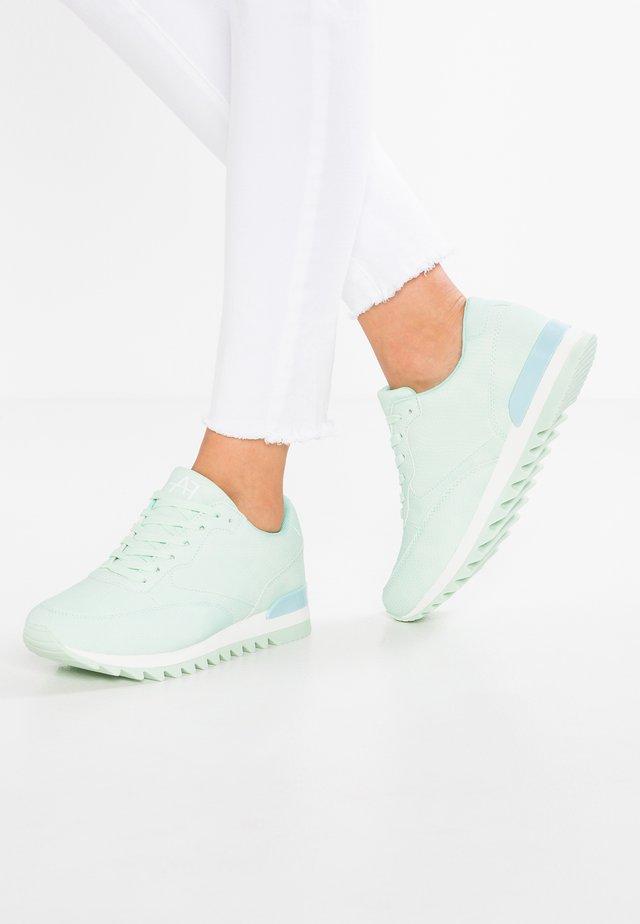 Sneakersy niskie - mint