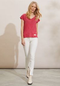 Odd Molly - BETH - Basic T-shirt - pink fudge - 1