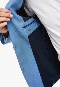 s.Oliver BLACK LABEL - MIT WEBSTRUKTUR - Suit jacket - blue - 5