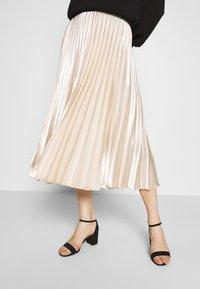 someday. - ONTI SHINE - Plisovaná sukně - ivory - 0