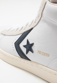Converse - PRO LEATHER - High-top trainers - white/obsidian/egret - 5