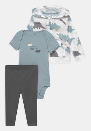SET - T-shirt z nadrukiem - light blue/off-white