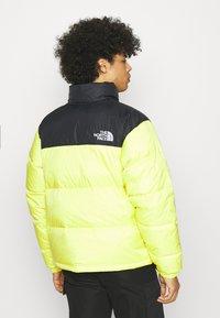 The North Face - RETRO UNISEX - Down jacket - sulphur spring green - 2