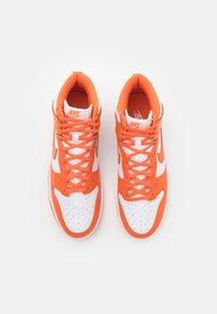 Nike Sportswear - DUNK RETRO - High-top trainers - white/orange blaze - 3