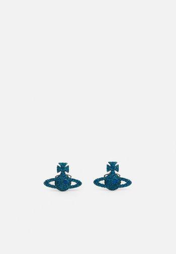 GRACE BAS RELIEF STUD EARRINGS - Earrings - capri blue
