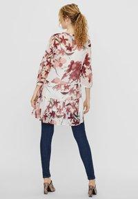 Vero Moda - VMWONDA TUNIC - Day dress - birch 2 - 2