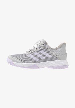 ADIZERO CLUB - Tenisové boty na antuku - grey two/purple tint/footwear white