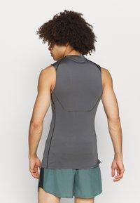 Nike Performance - Sports shirt - iron grey/black - 2