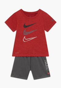 Nike Sportswear - TEE SET - Kraťasy - iron grey - 0