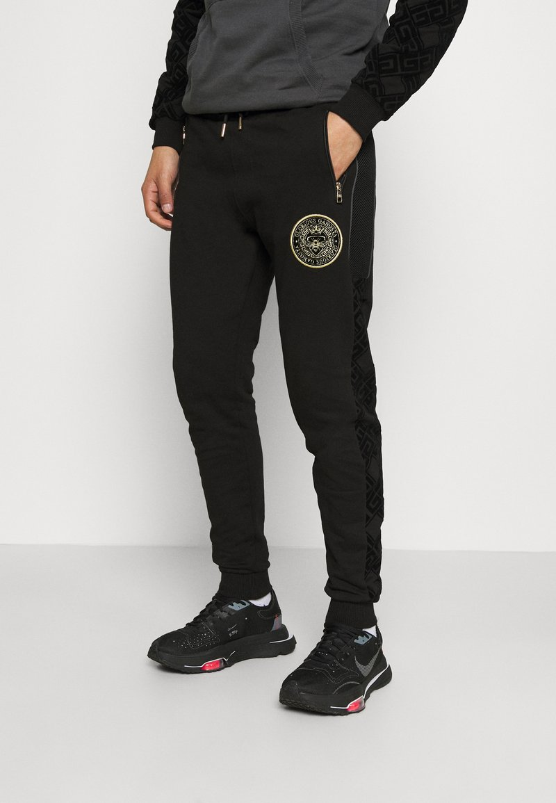 Glorious Gangsta - HERVOS JOGGERS - Tracksuit bottoms - black