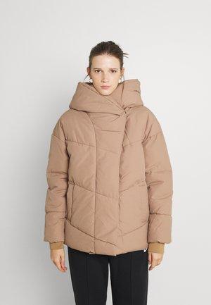 NMTALLY SHORT JACKET - Winter jacket - tigers eye