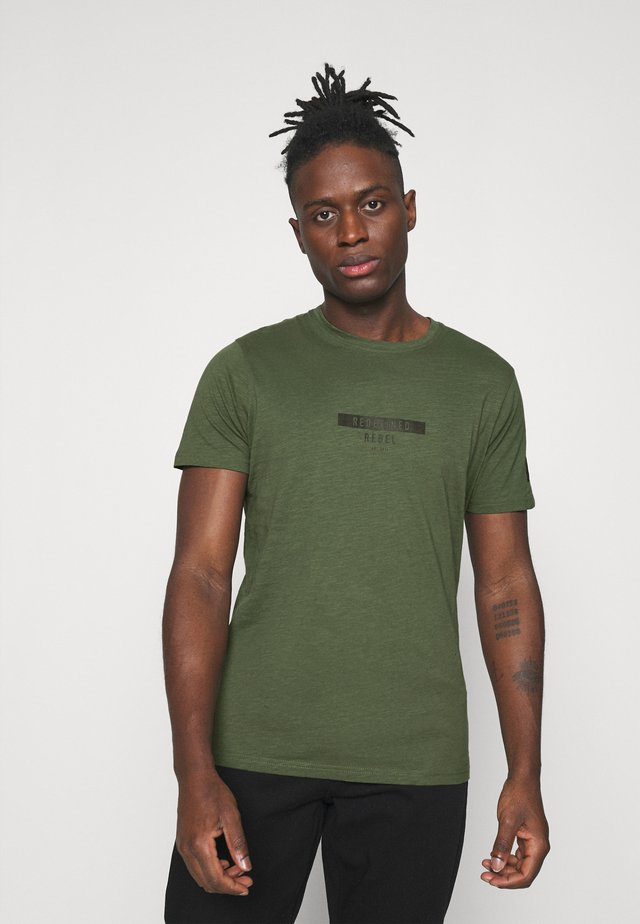 TEE OPTION - T-shirt con stampa - thyme
