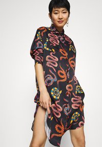 Farm Rio - SNAKES - Shirt dress - multi - 4