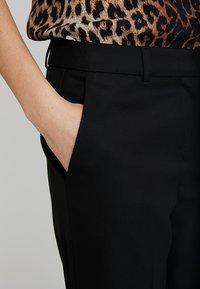 s.Oliver BLACK LABEL - LANG - Trousers - black - 3