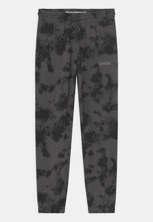 TIE DYE RELAXED CORE - Pantaloni sportivi - magnet gray