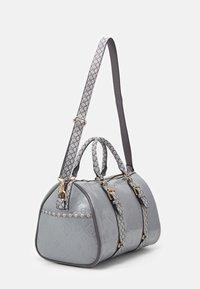 River Island - Weekend bag - grey - 1