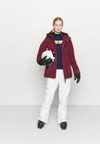 O'Neill - WANDERLUST JACKET - Snowboard jacket - windsor wine - 1