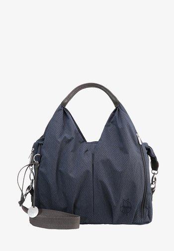NECKLINE BAG SPIN DYE - Taška na přebalování - blue mélange