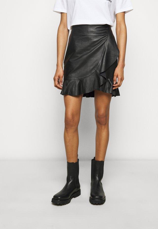 SPRUCIA - Mini skirt - black