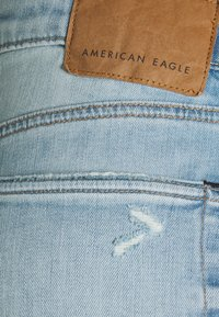 American Eagle - LIGHT DESTROY SLIM FIT - Jeans Tapered Fit - authentic light - 2