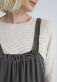OYSHO - LONG STRAPPY WITH POCKETS - Jumpsuit - anthracite - 4