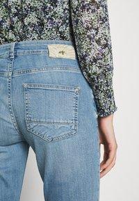 Mos Mosh - BRADFORD LETTER JEANS - Jeans slim fit - light blue - 5