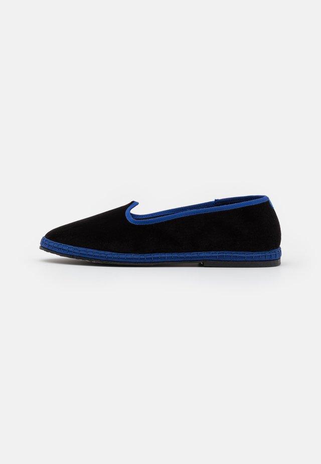 FURLANES - Tøfler - black/blue