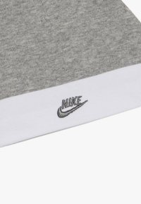 Nike Sportswear - FUTURA HAT AND BOOTIE BABY SET - Mütze - dark grey heather - 3