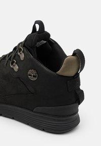 Timberland - KILLINGTON HIKER CHUKKA - Sneaker high - black - 5