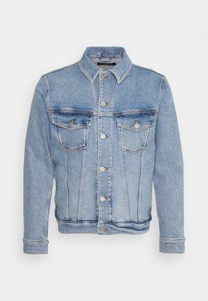 RAN SKY WASH JACKET - Denim jacket - light blue