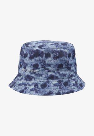 REVERSIBLE BUCKET HAT - Hat - tie dye