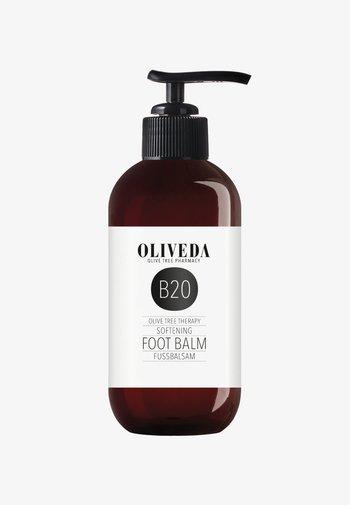 FUSSBALSAM SOFTENING - Foot cream - -