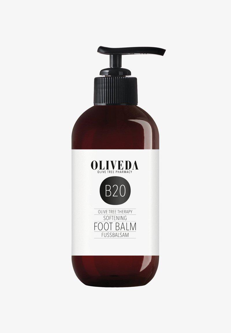 Oliveda - FUSSBALSAM SOFTENING - Crème pieds - -
