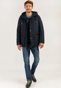 Finn Flare - MIT HOCHWERTIGER WATTIERUNG - Winter jacket - dark blue - 1