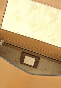 Kazar - ELADOR - Handbag - Brown - 4