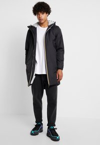 K-Way - UNISEX LE VRAI EIFFEL ORSETTO - Winter coat - black - 1