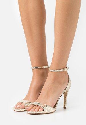YAGUE - Sandals - platino