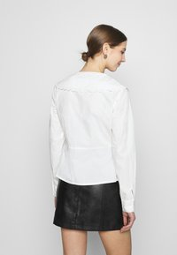 NA-KD - EMBROIDERY COLLAR - Button-down blouse - off white - 2