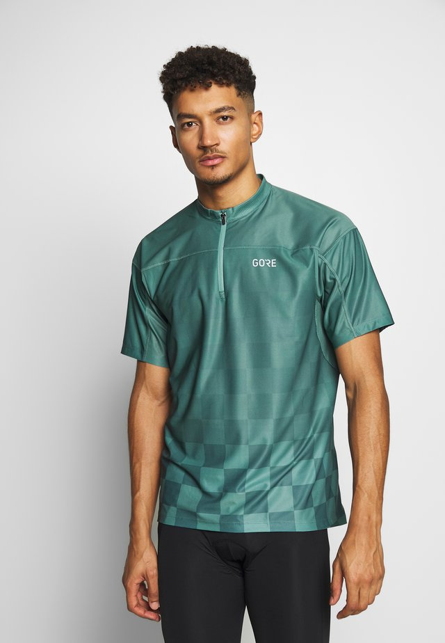GORE® C3 CHESS ZIP TRIKOT - Print T-shirt - nordic blue