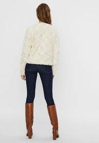 Vero Moda - Light jacket - birch - 2