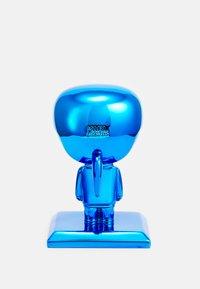 KARL LAGERFELD - IKONIK 3D KARL STATUE - Other accessories - metallic blue - 1