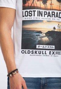 Oldskull - Print T-shirt - white - 3