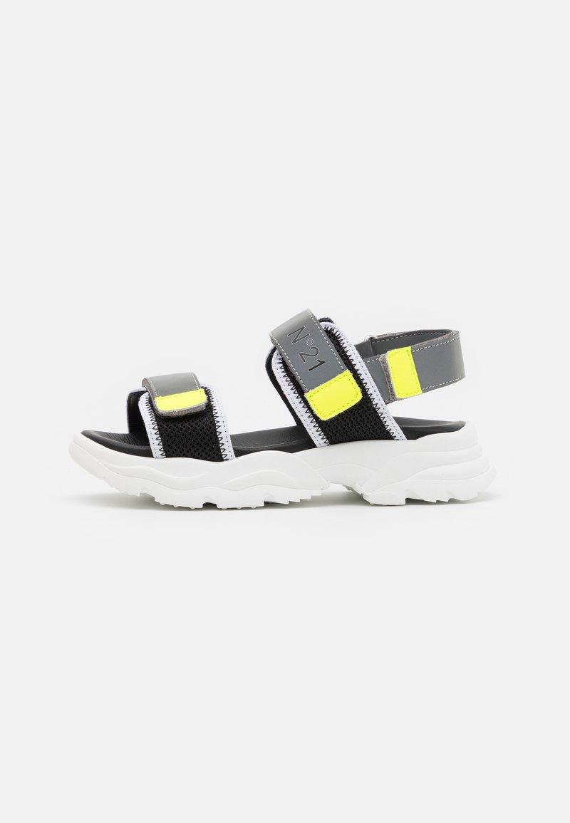 N°21 - Sandals - grey