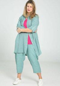 Paprika - Button-down blouse - mint - 1