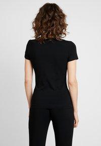 Guess - TEE - T-Shirt print - jet black - 2