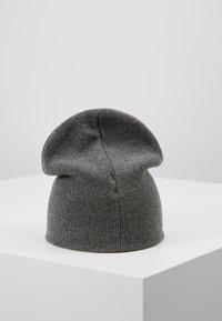 Calvin Klein - CLASSIC BEANIE - Muts - grey - 2