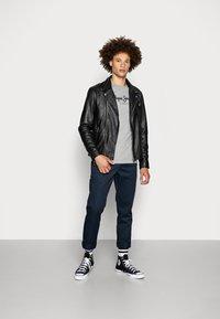 Pepe Jeans - Camiseta de manga larga - 933 - 1