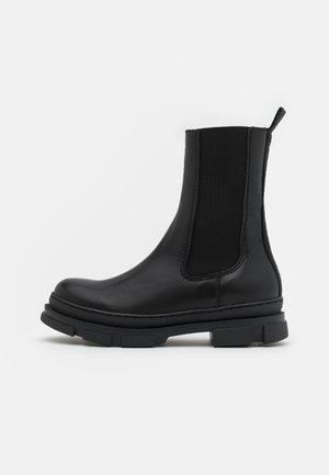 JFILINA - Korte laarzen - black